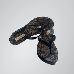 Azaleia Platform Sandals - Size AU7